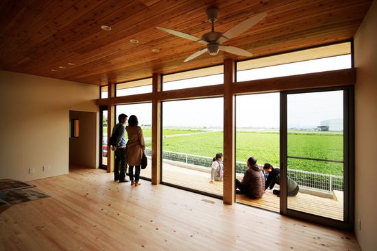 「Forest Barn FLAT+Garage/神埼の家」完成見学会でした!_e0029115_14462762.jpg