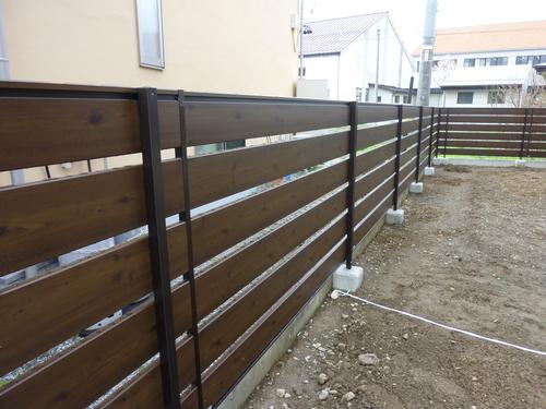 フェンス工事_c0218716_17251031.jpg