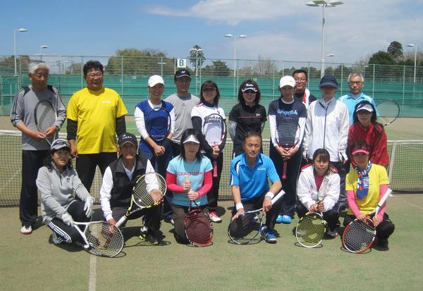 シノヅカ水曜テニスサークル、今日からスタートしました_a0151444_1331665.jpg