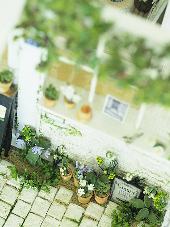 miniature* Garden kitchen と、桜_e0172847_08581657.jpg