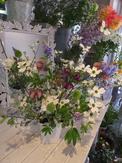 オークリーフ花の教室(甘艸さんと大草さんの作品)_f0049672_18442180.jpg