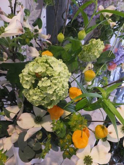 オークリーフ花の教室(甘艸さんと大草さんの作品)_f0049672_18571166.jpg
