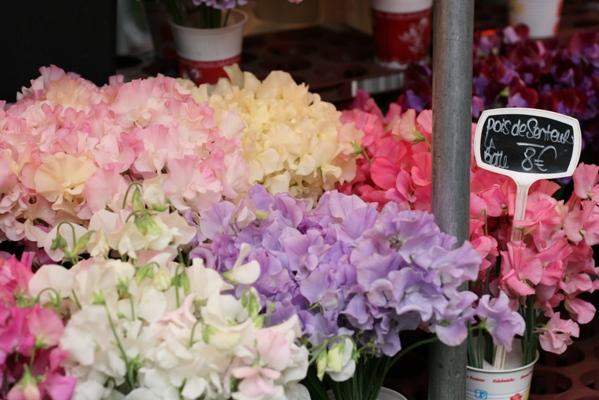 Paris 私のお気に入り ~マルシェ編~ 「マルシェのお花」_c0138180_012696.jpg