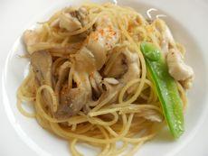 4/15本日パスタ:鶏胸肉と舞茸の和風スパゲティ_a0116684_1393748.jpg