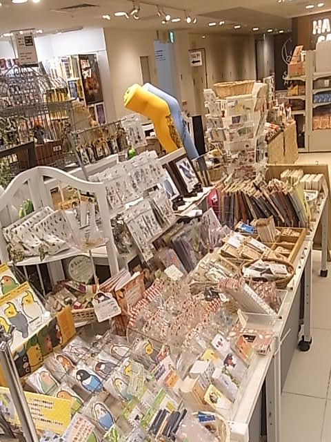 東急ハンズ梅田店「インコと鳥の雑貨展」ディスプレイ変更、新作到着_d0322493_1391589.jpg