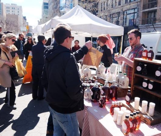 春がやってきたニューヨークの青空市場、Green Market_b0007805_22335525.jpg