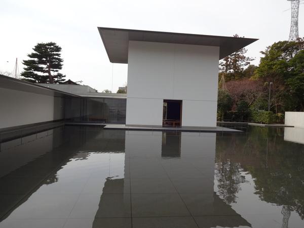 鈴木大拙館 in 金沢_e0037019_23344026.jpg
