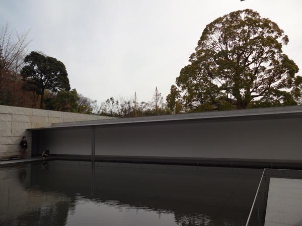 鈴木大拙館 in 金沢_e0037019_23381574.jpg