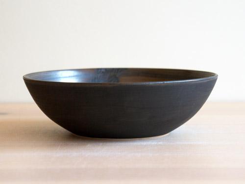 中尾雅昭さんの黒×ブラウンのうつわ。_a0026127_18501514.jpg