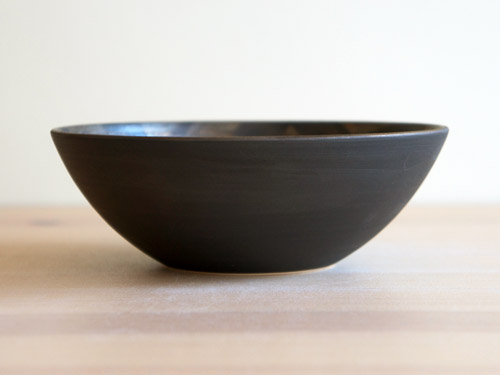 中尾雅昭さんの黒×ブラウンのうつわ。_a0026127_1851421.jpg