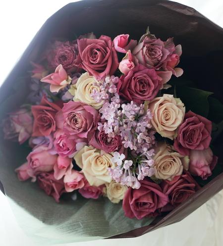 結婚記念日に、奥様へ ご主人さまからの一年間の感謝の気持ちに   _a0042928_20335981.jpg