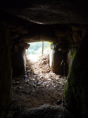 (11)山田古墳群・神名備山の麓で_c0222861_20212574.jpg