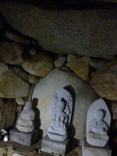 (11)山田古墳群・神名備山の麓で_c0222861_2022147.jpg