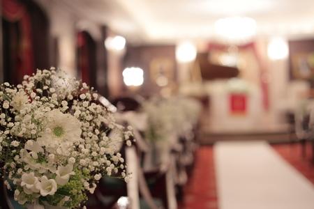 春の装花 ガーベラ シェ松尾青山サロン様へ と母の日休止のお知らせ_a0042928_22292572.jpg