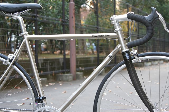 『 Calamita due 』x『lipit-ischtar』カラミータ リピトデザイン クロモリ ロード おしゃれ 自転車 女子_b0212032_163458.jpg