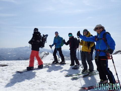 春の谷川岳、最高です!_d0110562_04073430.jpg