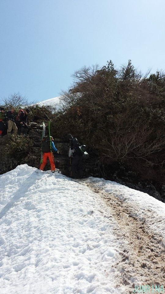 春の谷川岳、最高です!_d0110562_04170448.jpg