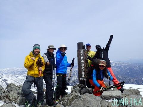 春の谷川岳、最高です!_d0110562_04182093.jpg