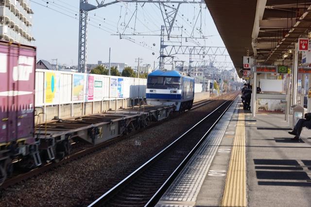 藤田八束の貨物列車写真集:地方創生に貢献、貨物列車「桃太郎」の素晴らしい勇姿_d0181492_21371571.jpg