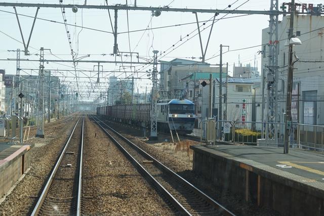 藤田八束の貨物列車写真集:地方創生に貢献、貨物列車「桃太郎」の素晴らしい勇姿_d0181492_21543725.jpg