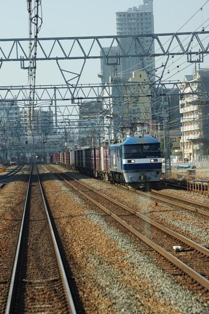 藤田八束の貨物列車写真集:地方創生に貢献、貨物列車「桃太郎」の素晴らしい勇姿_d0181492_22214727.jpg