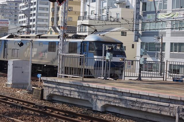藤田八束の貨物列車写真集:地方創生に貢献、貨物列車「桃太郎」の素晴らしい勇姿_d0181492_22283847.jpg