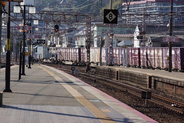 藤田八束の貨物列車写真集:地方創生に貢献、貨物列車「桃太郎」の素晴らしい勇姿_d0181492_2375799.jpg
