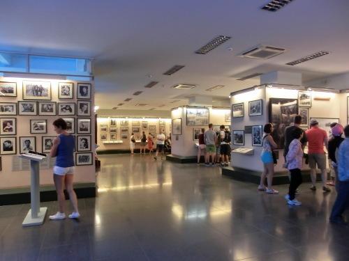 ベトナムの旅 その1 戦争証跡博物館_f0269910_17443994.jpg