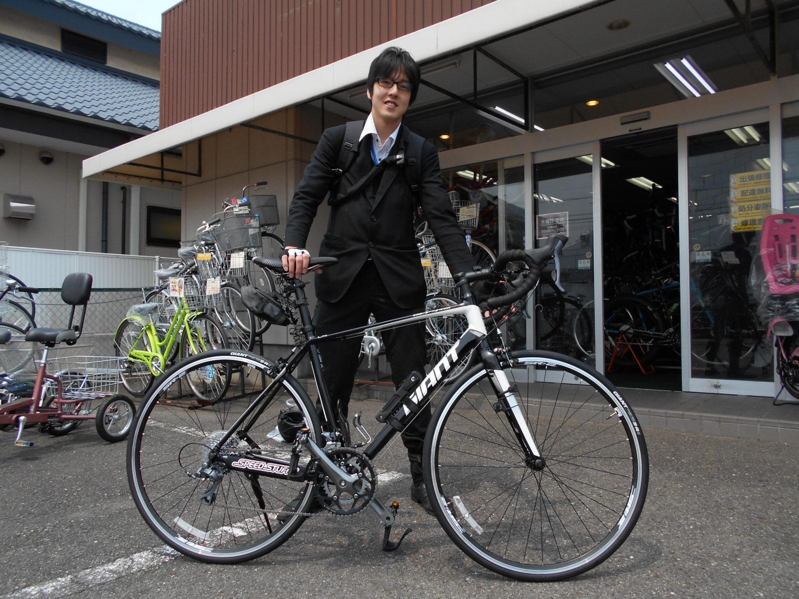 ロードバイクも通勤仕様です_b0189682_12295576.jpg