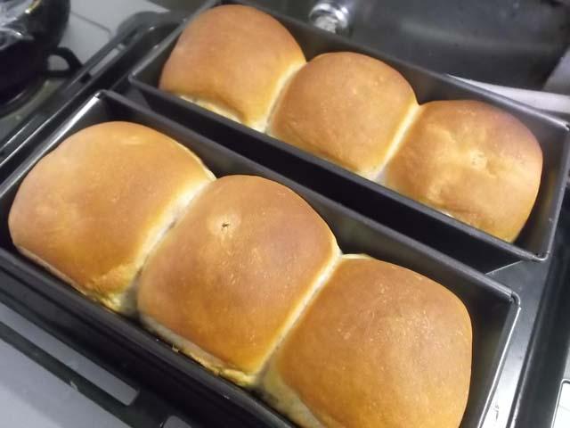 ミニ食パンでサンドイッチ_f0019498_651630.jpg