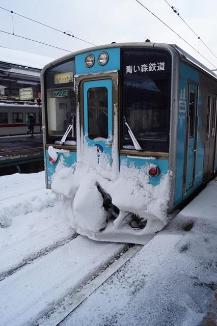 藤田八束の北国の列車を訪ねる旅:北国の列車たち、極寒風雪の中で頑張っています_d0181492_1701631.jpg