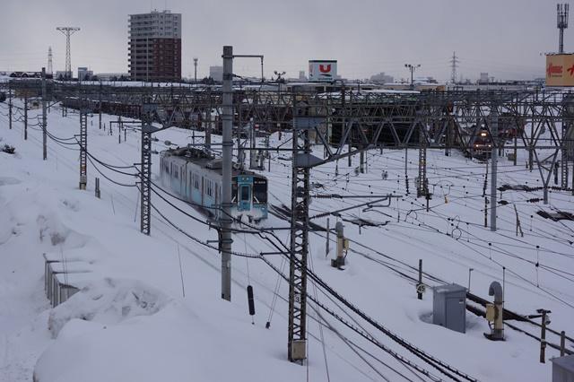 藤田八束の北国の列車を訪ねる旅:北国の列車たち、極寒風雪の中で頑張っています_d0181492_1711665.jpg