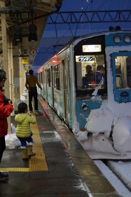 藤田八束の北国の列車を訪ねる旅:北国の列車たち、極寒風雪の中で頑張っています_d0181492_1723969.jpg