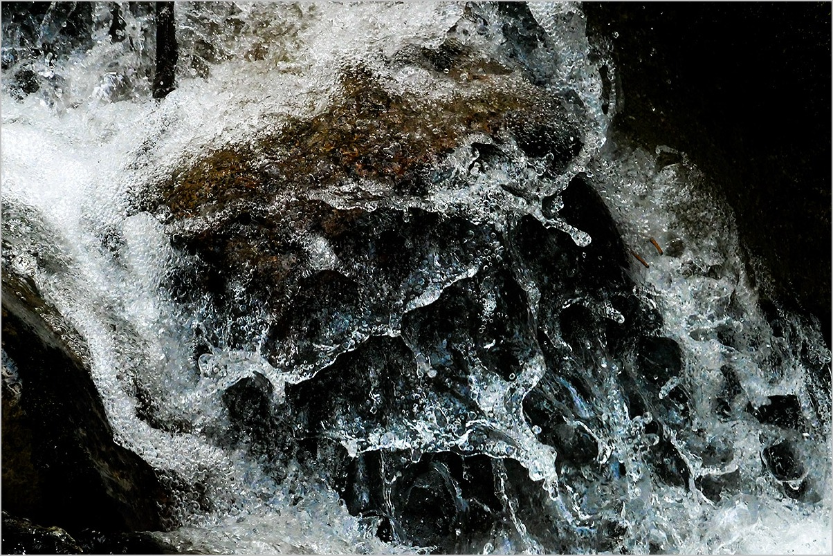 水と戯むる by the river : LEICA V-LUX_c0065410_22245957.jpg