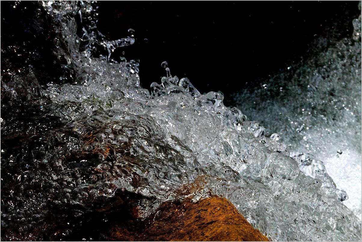水と戯むる by the river : LEICA V-LUX_c0065410_22351169.jpg