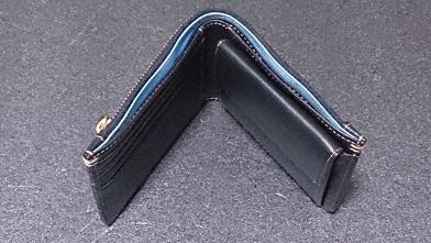 誕生日プレゼントで貰った大事な財布 『テスタ』二つ折り財布_c0364960_21054382.jpg