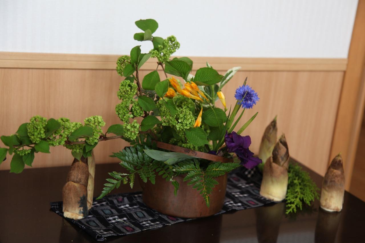季節の花・旬の竹の子_b0277979_17343856.jpg