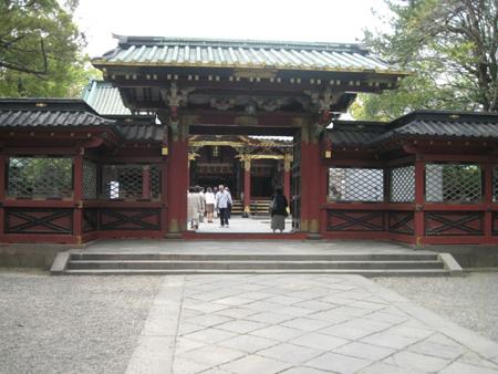 神社とツツジと、、そして蕎麦1_f0061394_1385321.jpg