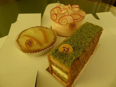 パリのお菓子屋さん3_a0273699_10533416.jpg