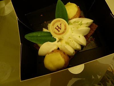 パリのお菓子屋さん3_a0273699_1105857.jpg