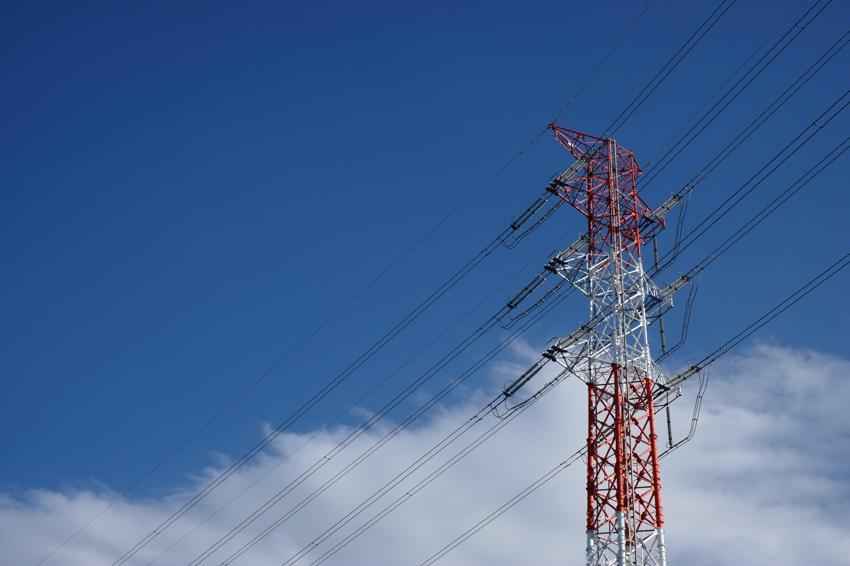 空と電線。_e0135024_21163669.jpg