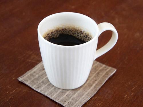 中尾雅昭さんのマグカップ、アップしました。_a0026127_12515834.jpg