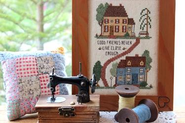 カントリーハウスのウッドボードと刺繍フレーム_f0161543_17563447.jpg