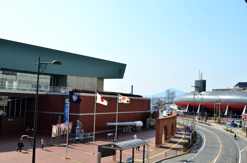 戦艦長門の軍艦旗が大和ミュージアムにある理由:石坂浩二さんがゲットして寄贈。_e0171614_11284825.jpg
