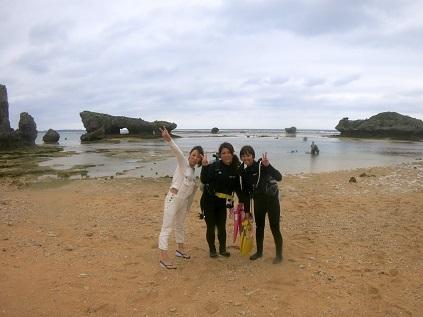 今日もビーチで体験ダイビング!!_a0156273_15061238.jpg