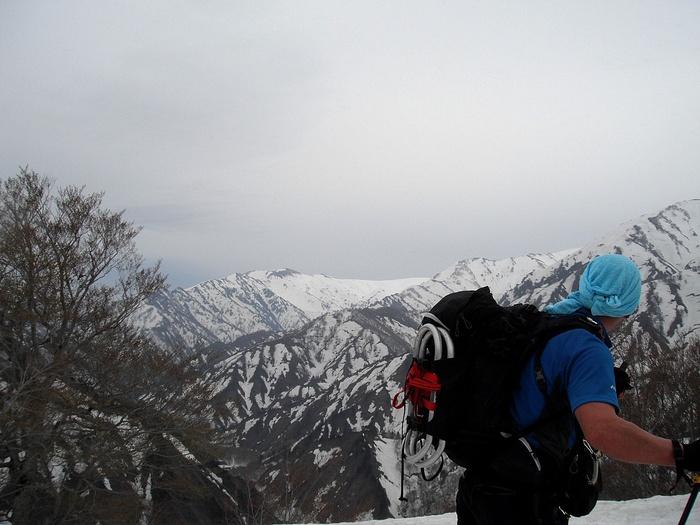 飯豊山登山口の状況 ~ 2015年4月19日_f0170180_187567.jpg