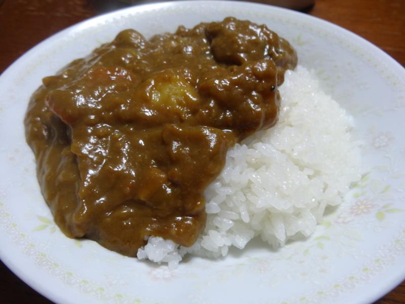 アボカドハムサラダ、根菜の煮物、カレーライス、キムチ納豆、菜の花のお浸し、叉焼麺です。_c0225997_4485193.jpg