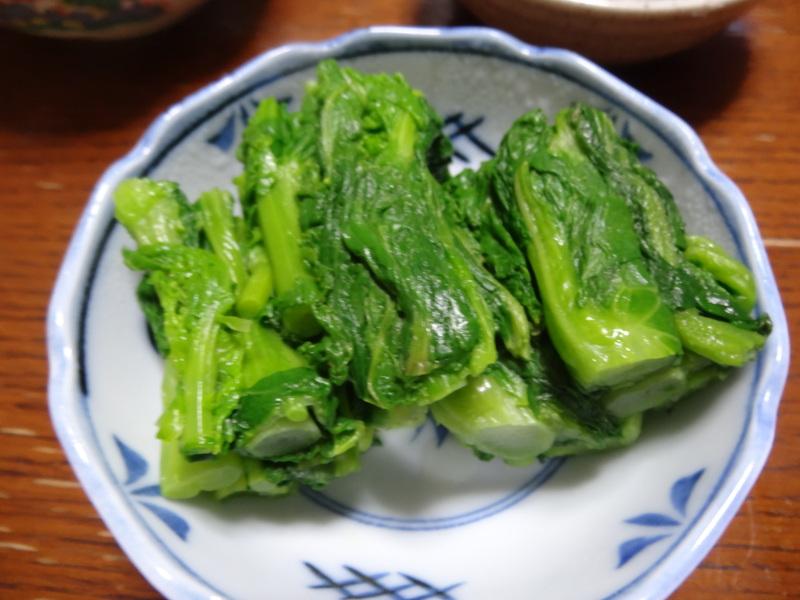 アボカドハムサラダ、根菜の煮物、カレーライス、キムチ納豆、菜の花のお浸し、叉焼麺です。_c0225997_4544846.jpg
