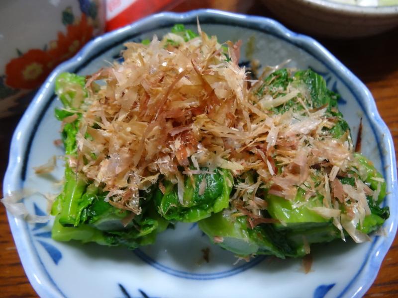 アボカドハムサラダ、根菜の煮物、カレーライス、キムチ納豆、菜の花のお浸し、叉焼麺です。_c0225997_4561588.jpg