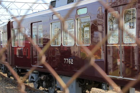 阪急正雀レポ 7022F まもなく新運転_d0202264_7455777.jpg
